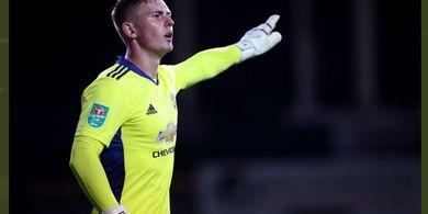 VIDEO - Penyelamatan Sakti Dean Henderson saat Debut di Man United, De Gea Juga Bisa!