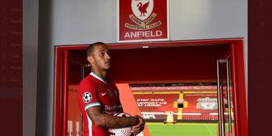 Pesan Khusus untuk Thiago Alcantara saat Tiba di Liverpool: Jangan Sentuh 'This is Anfield'!