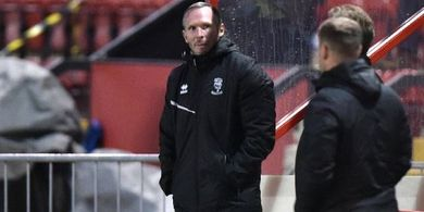Dibantai Liverpool 2-7, Pelatih Lincoln Menyesal Timnya Tak Cetak 5 Gol