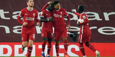 Babak I Liverpool vs Arsenal - Diwarnai Blunder 2 Bek, Si Merah Unggul 2-1 atas Meriam London