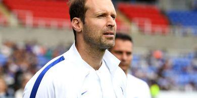 Petr Cech Comeback ke Liga Inggris, Jorginho: Saya Hanya Bermain Dengannya di Playstation