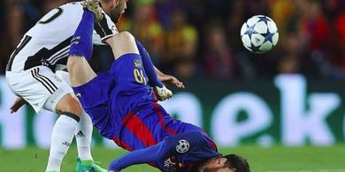 Momen Ngenes Ketika Lionel Messi Terbantai di Kandang Juventus