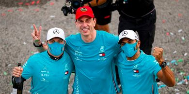 Bos Mercedes: Duet Hamilton-Bottas Masih yang Terbaik untuk Tim