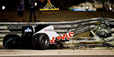 VIDEO - Kecelakaan Horor Romain Grosjean, 32 Detik dalam Kobaran Api, Mobil Remuk Jadi 2
