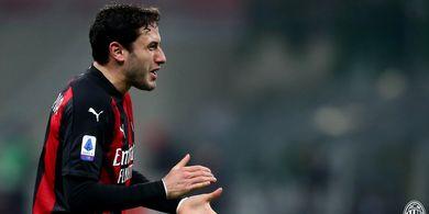 AC Milan Kejar Tanda Tangan Kontrak Baru bagi Si Bek Sayap Serba Bisa