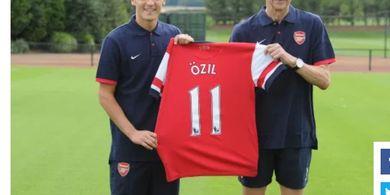 Mesut Oezil Tuliskan Sepucuk Surat Perpisahan kepada Fans Arsenal