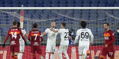 Hasil Coppa Italia - Kebobolan 2 Gol dalam 15 Menit Pertama, 9 Pemain AS Roma Gagal ke Perempat Final