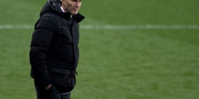 Meski Dinyatakan Positif COVID-19, Zinedine Zidane Akan Tetap Bersama Real Madrid