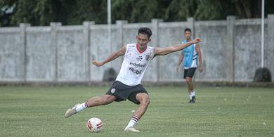 Tersakiti di Laga Bali United Vs Barito Putera, Komang Tri Pastikan Tak Baper