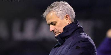 Jelang Tottenham Vs Manchester United, Mourinho Singgung Trofi dan Solskjaer