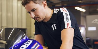 Aksi Pembalap Ini di MotoGP Spanyol 2021 Bikin Jorge Lorenzo Angkat Topi