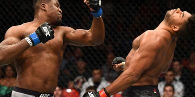 Legenda UFC Sebut Francis Ngannou Versi Ini Paling Mengerikan di Dunia