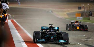 Hasil F1 GP Bahrain 2021 - Lewis Hamilton Menang, Debut Pahit Putra Michael Schumacher