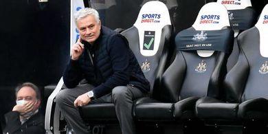 Di Balik Kilatnya Jose Mourinho Dapat Pekerjaan Baru, AS Roma Mainkan Negosiasi Rahasia