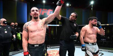 Mau Duelnya Lawan Israel Adesanya Laris, Ini Saran Malaikat Maut ke UFC