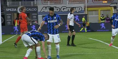 Ivan Perisic Kontrol Bola Pakai Kemaluan Sebelum Cetak Gol Penting untuk Inter Milan