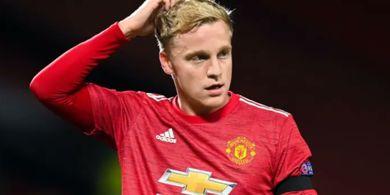 Bertahanlah Satu Musim Lagi di Man United, Donny van de Beek!