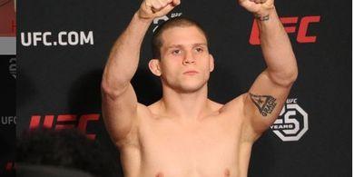 UFC Vegas 26 - Bendera Kematian Berkibar untuk Korban Conor McGregor