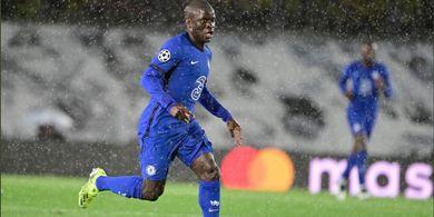 Si Anak Baik Tampil Apik, Keluar Stamford Bridge Langsung Dikerumuni Fan Chelsea