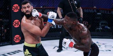 Hasil Bellator 258 - Ada Hidung Hancur, Mantan Jagoan UFC Menang KO