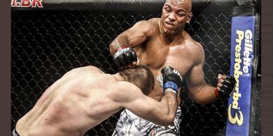 Hasil UFC Vegas 26 - Monster Brasil Rekan Dustin Poirier Menang dengan Tindihan Sepanjang Laga