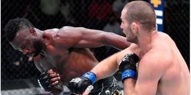Hasil UFC Vegas 33 - Jab Bikin Mata Bonyok, Sean Strickland Hajar Habis Uriah Hall