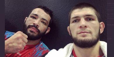Temannya Jadi Juara UFC, Khabib Nurmagomedov Disebut Siap Masuk Oktagon Lagi