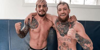 Dalang Kerusuhan Khabib-McGregor Payah Banget, Jagoan Brazilian Jiu-jitsu tetapi Dicekik Satpam