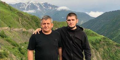 Penuh Haru, Video Penghormatan bagi Ayah Khabib Nurmagomedov Jelang UFC 254