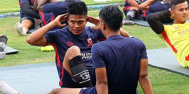 Tak Keberatan Gajinya Tinggal 25 Persen, Kapten Madura United Hanya Minta Hal Ini
