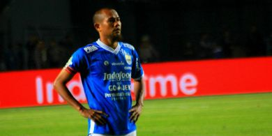 Kapten Persib Emosi dengan Wasit yang Pimpin Laga Kontra Borneo FC