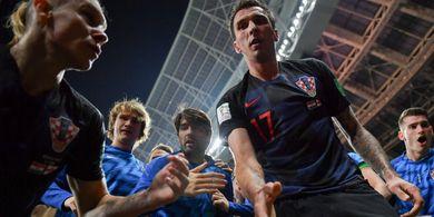 Fotografer Piala Dunia 2018 yang Terinjak-injak Para Pemain Kroasia Diberikan Hadiah Istimewa