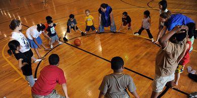 Mana yang Lebih Baik, Olahraga Dalam atau Luar Ruangan? Ini Penjelasannya