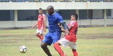 Alasan Aji Santoso datangkan Zoubairou Garba ke Persebaya Surabaya