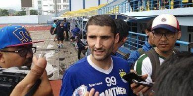 RESMI, Persib Bandung Putus Kontrak Srdjan Lopicic