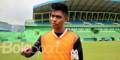 Pelatih Kiper Arema FC Sedih Kartika Ajie Diperkirakan Absen 9 Bulan
