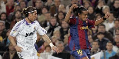 Disindir Ronaldinho di Twitter, Sergio Ramos Beri Balasan Lebih Sadis