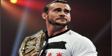 Jawaban CM Punk setelah Ditantang Youtuber untuk Bertarung