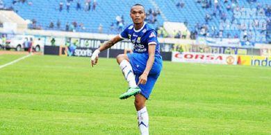 Pamit dari PSM, Ferdinand Sinaga Resmi Balikan dengan Persib Bandung