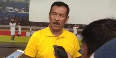Ini Alasan Manajer Persib Bandung Mundur dari Jabatan, Kejamnya Jari Tangan Netizen Jadi Penyebabnya?
