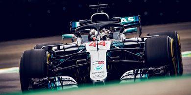 Sebastian Vettel Bakal Lebih Kuat Musim ini Kata Lewis Hamilton