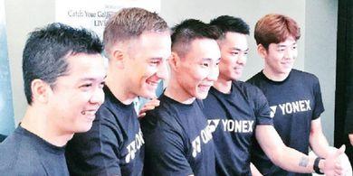 Taufik Hidayat dan Pelatih China asal Indonesia Beri Pesan untuk Lin Dan