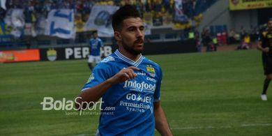 Dramatis! Eks Pemain Persib Bikin Assist, Klubnya Menang akibat Gol Bunuh Diri
