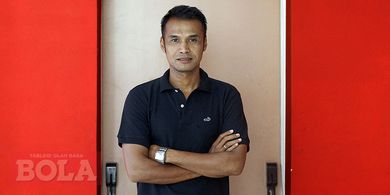 Asisten Pelatih Arema FC Terus Jaga  Komunikasi Selama Kompetisi Libur