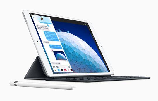 iPad Air 10,5 inci, Apple Pencil dan Smart Keyboard