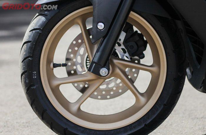 Komparasi kaki-kaki All New Honda PCX 150 VS Yamaha NMAX 155