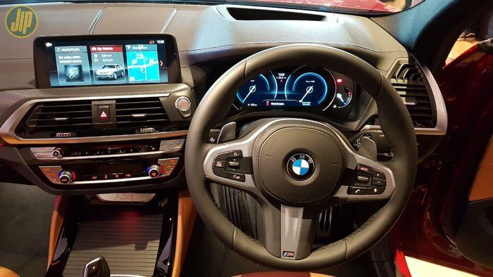 Interior BMW X4 M Sport X