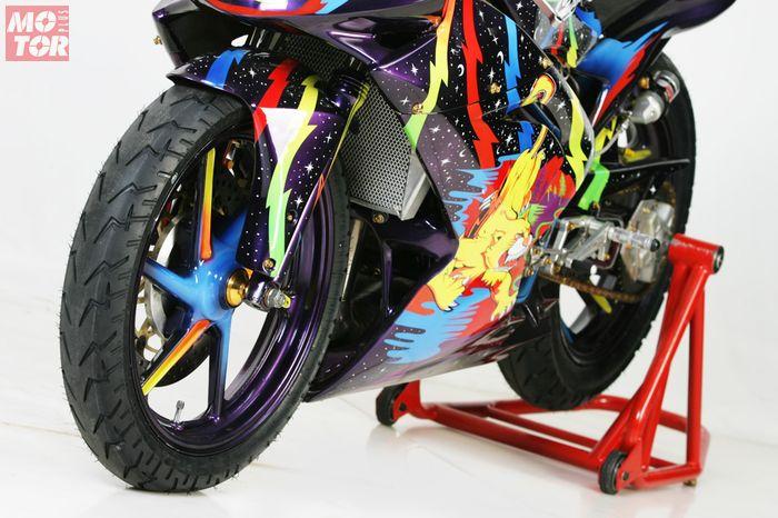 Kawasaki Ninja 150RR Bertema Troy Lee Helmet Designs