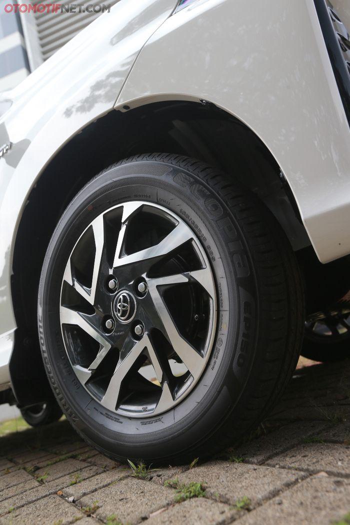 Toyota Avanza 2019 . Pelek dan ban