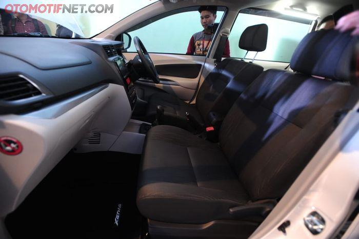 Daihatsu Great New Xenia. Dasbor dan kabin depan